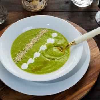 Гороховый крем суп с мятой